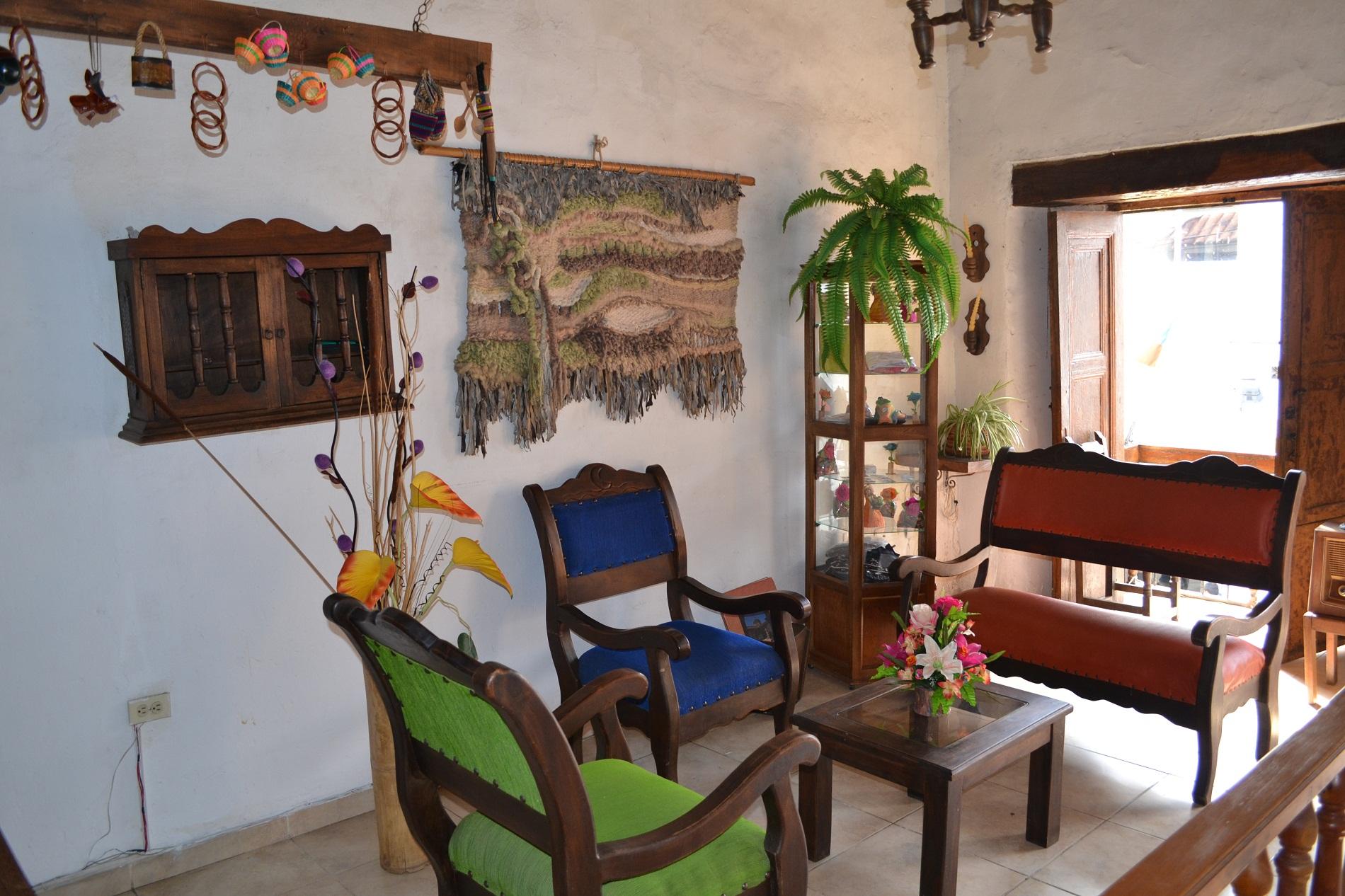 hotel agualuna en san gil santander sala